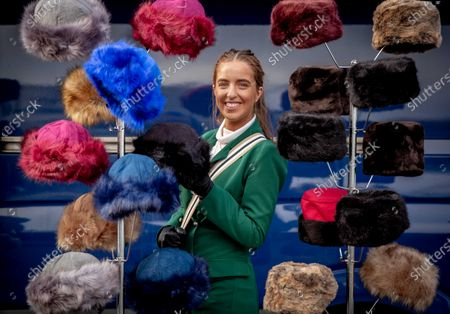Hannah Mulholland from Rathfarnham browses the hats on sale at Leopardstown