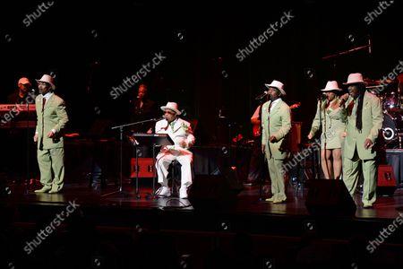 The Chi-Lites - Marshall Thompson, Warren Tipton, Mack Miller, Fred Simon, Tara Thompson