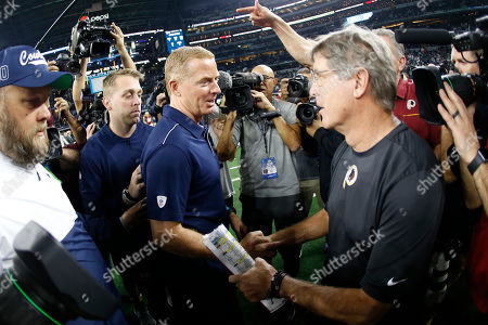 Jason Garrett, Bill Callahan. Dallas Cowboys head coach Jason Garrett, left, and Washington Redskins head coach Bill Callahan, right, greet following an NFL football game in Arlington, Texas