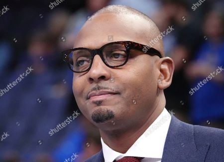 Memphis head coach Penny Hardaway appears happy with his team in the second half of an NCAA college basketball game against Tulane, in Memphis, Tenn