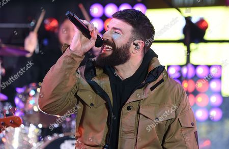 Sam Hunt performs during Dick Clark's New Year's Rockin' Eve