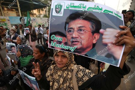Supporters of former Pakistani President Pervez Musharraf protest against the sentencing of Musharraf to death in a high treason case in Karachi, Pakistan,01 January 2020. A Pakistan court on 17 December sentenced the former president and military ruler to death on charges of committing high treason in 2007 when he suspended the constitution and imposed a state of emergency. Musharraf, 76, has been living in Dubai since he was allowed to leave the country in March 2016 for medical treatment after a three-year travel ban.
