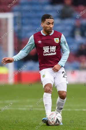 4th January 2020, Turf Moor, Burnley, England; Emirates FA Cup, Burnley v Peterborough : Aaron Lennon (25) of Burnley in action during the game.