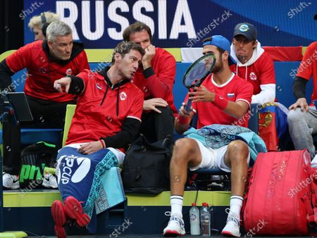 Marat Safin, team captain of Russia talks to Karen Khachanov of Russia during his match against Stefano Travaglia of Italy during day 1 of the ATP Cup tennis tournament at RAC Arena in Perth, Australia, 02 January 2020.