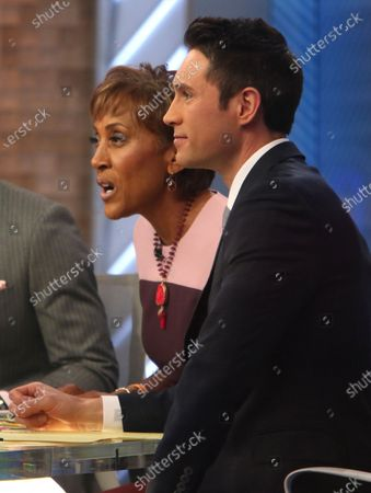 Stock Photo of T J Holmes, Robin Roberts and Whit Johnson