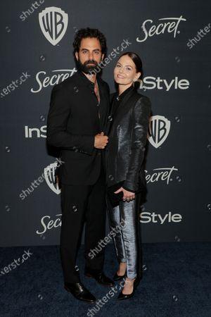 Gerardo Celasco and Jennifer Morrison