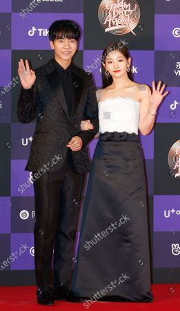 Lee Seung-gi (L) and South Korean actress Park So-dam (R) pose as they arrive for the 34th annual Golden Disk Awards ceremony at the Gocheok Sky Dome in Seoul, South Korea, 05 January 2020. The Golden Disc Awards is recognized as the most traditional music awards ceremony in South Korea, with an award ceremony to select the best albums, singers and producers in the Korean pop scene.