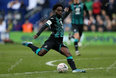 Nathan Dyer of Swansea City has a shot at goal.