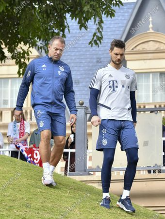 FC Bayern Munich's head coach Hansi Flick (L) and goalkeeper Sven Ulreich (R) arrive for a practice session during the team's winter training camp in Doha, Qatar, 05 January 2020. Bayern Munich holds the training camp until 10 January 2020.