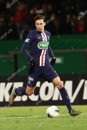 Paris Saint Germain's Julian Draxler in action during the French Cup round of 32 soccer match between Linas-Montlhery and Paris Saint-Germain, in Bondoufle, near Paris, France, 05 January 2020.