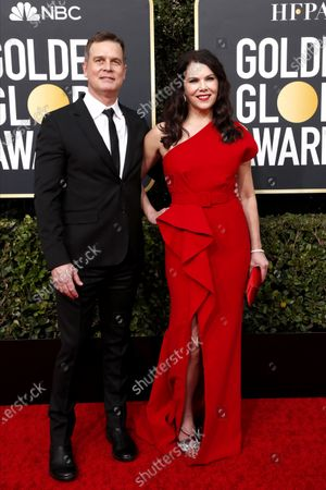 Lauren Graham (R) and partner actor Peter Krause arrives for the 77th annual Golden Globe Awards ceremony at the Beverly Hilton Hotel, in Beverly Hills, California, USA, 05 January 2020.