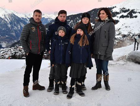 Crown Prince Frederik, Prince Christian, Prince Vincent, Princess Isabella, Crown Princess Mary, Princess Josephine