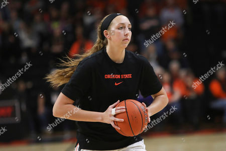 Oregon State's Taylor Jones (44) warms up prior to an NCAA college basketball game against Colorado in Corvallis, Ore., . Oregon State won 72-60