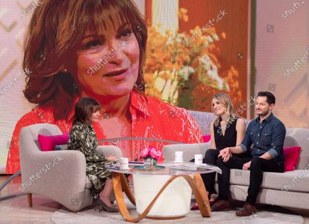 Stock Photo of Lorraine Kelly with Hannah and Jake Graf