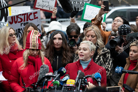 Actor Rose McGowan speaks at a survivors news conference outside a Manhattan courthouse after the arrival of Harvey Weinstein, in New York. Weinstein is on trial on charges of rape and sexual assault, more than two years after a torrent of women began accusing him of misconduct