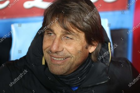 Inters head coach Antonio Conte during Italian Serie A soccer match between SSC Napoli and Inter Milan at the San Paolo stadium in Naples, Italy, 06 January 2020.
