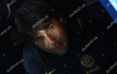 Inter's head coach Antonio Conte during Italian Serie A soccer match between SSC Napoli and Inter Milan at the San Paolo stadium in Naples, Italy, 06 January 2020.