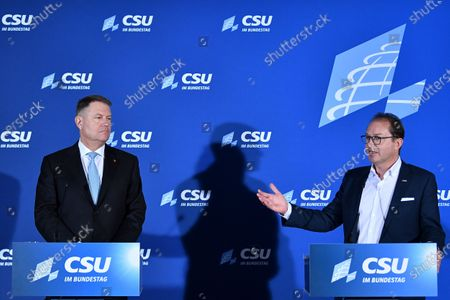 (L-R) Romanian President Klaus Werner Johannis and Christian Social Union (CSU) regional group chairman in the German parliament Bundestag Alexander Dobrindt