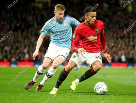 Mason Greenwood of Manchester United and Kevin De Bruyne of Manchester City