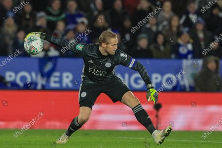 8th January 2020, King Power Stadium, Leicester, England; Carabao Cup, Semi-final,  Leicester City v Aston Villa : Kasper Schmeichel (1) of Leicester City in action during the game Credit: Mark Cosgrove/News Images