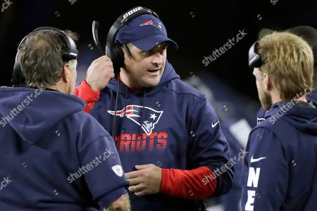 Joe Judge, Bill Belichick, Steve Belichick. New England Patriots special teams coach Joe Judge, center, speaks to head coach Bill Belichick, left, and safeties coach Steve Belichick, right, in the second half of an NFL football game in Foxborough, Mass. The New York Giants and Patriots assistant Joe Judge are working on a deal for him to become the team's head coach, a person familiar with the negotiations told The Associated Press The person spoke to the on condition of anonymity, because the deal is not done