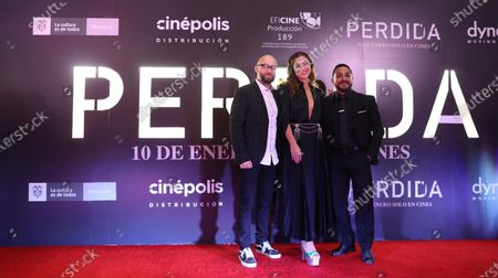 Jorge Michel Grau (L), Colombian actress Paulina Davila (C) and Mexican actor Luis Fernando Pena (R) pose during the red carpet of the movie 'Perdida', in Mexico City, Mexico, 07 January 2020.