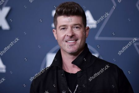 Robin Thicke attends the FOX All Star party at theTelevision Critics Association Winter press tour, in Pasadena, Calif