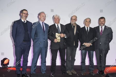 Didier Huck, President of FICAM and Mr. Patrick Bezier, President of the AUDIENS group, Didier Diaz, president of Transpalux, Pascal Becu, director receive the Cesar and Technique 2020 prize and Alain Terzian at the Cesar and Technique 2020 evening