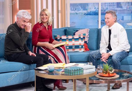Stock Photo of Phillip Schofield, Holly Willoughby, Robert Carlyle