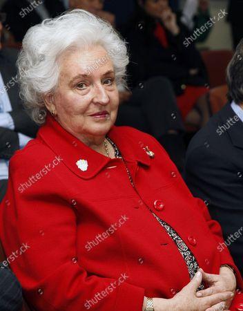 Obituary Infanta Pilar Sister King Juan Carlos Fotos De
