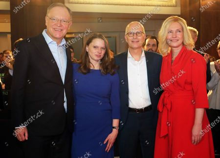 (L-R) The state governor of Lower Saxony, Stephan Weil, the leader of the Social Democratic Party (SPD) in Hamburg, the leading SPD candidate for the state elections in Hamburg and First Mayor, Peter Tschentscher, and the state governor of Mecklenburg-Vorpommern, Manuela Schwesig, during the campaign start of the SPD in Hamburg, northern Germany, 08 January 2020. The state elections in Hamburg will be held on 23 February.