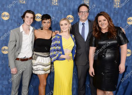 Daniel DiMaggio, Carly Hughes, Diedrich Bader, Meg Donnelly and Katy Mixon