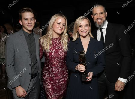 Stock Photo of Deacon Phillippe, Ava Phillippe, Reese Witherspoon and Jim Toth