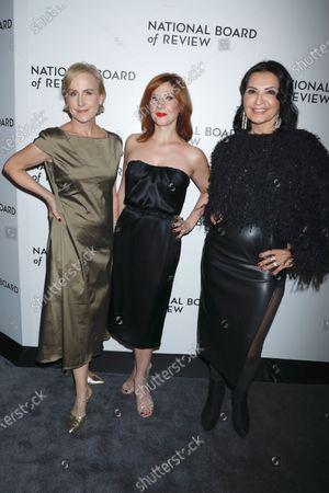 Welker White, Stephanie Kurtzuba and Kathrine Narducci