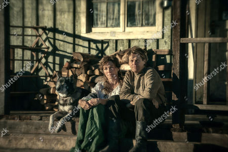 Julianne Nicholson as Constance Seppala and Willem Dafoe as Leonhard Seppala