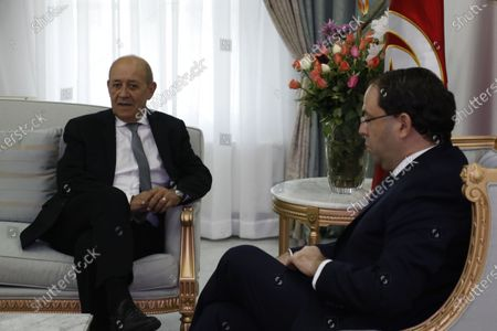 French Foreign Minister Jean-Yves Le Drian (L) and Tunisian Prime Minister Youssef Chahed (R) meet in Tunis, Tunisia, 09 January 2020.