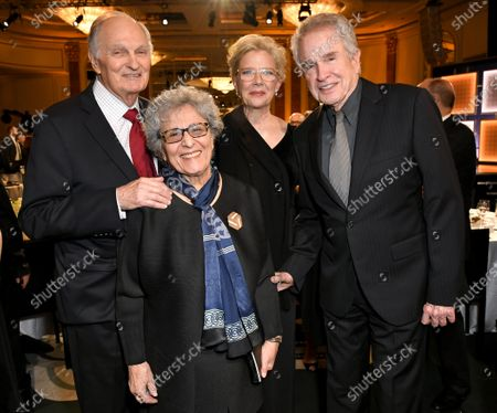 Alan Alda, Arlene Alda, Annette Bening and Warren Beatty