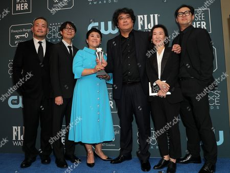 Ha-jun Lee, Yang Jin-mo, Lee Jung-eun, Bong Joon-ho, Kwak Sin-ae and Jin Won Han - Best Director - Parasite