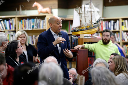 Democratic presidential candidate Sen. Cory Booker, D-N.J., speaks during a campaign event, in Mount Vernon, Iowa