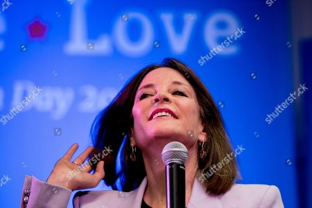 Stock Picture of Democratic presidential candidate Marianne Williamson speaks at a the Faith, Politics and the Common Good Forum at Franklin Jr. High School, in Des Moines, Iowa