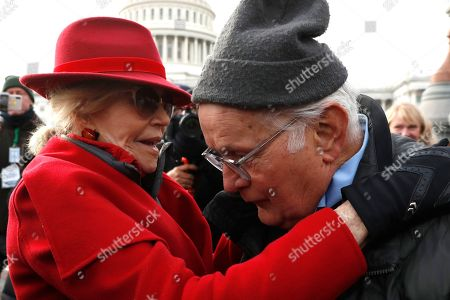 Actress and activist Jane Fonda talks with actor Martin Sheen outside the U.S. Capitol during a protest on climate change, on Capitol Hill in Washington
