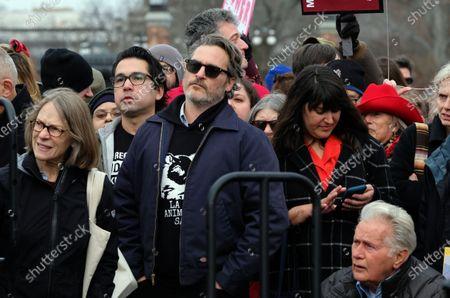 Joaquin Phoenix and Martin Sheen