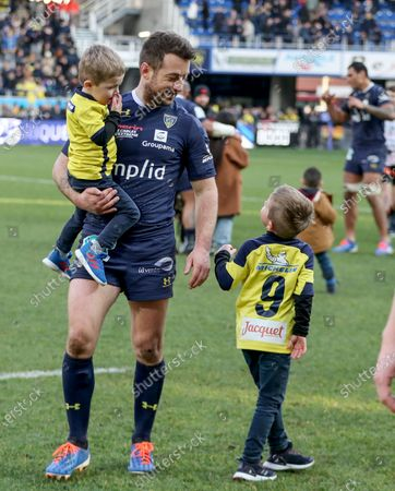 ASM Clermont Auvergne vs Ulster. Clermont's Greig Laidlaw with his sons Rocco and Ruary after the game