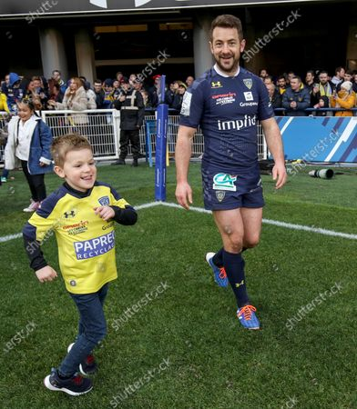 ASM Clermont Auvergne vs Ulster. Clermont's Greig Laidlaw with his son Ruary after the game