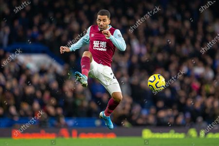 Aaron Lennon of Burnley in action