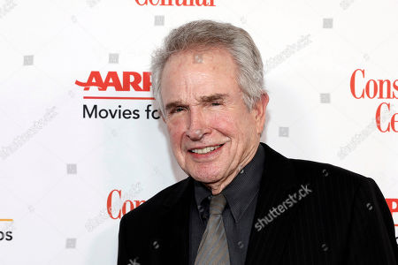 Warren Beatty attends the AARP 19th Annual Movies For Grownups Awards at the Beverly Wilshire Hotel, in Beverly Hills, Calif