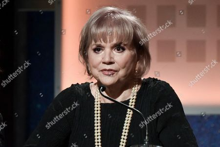 Stock Picture of Linda Ronstadt onstage at the 19th Annual Movies For Grownups Awards at the Beverly Wilshire Hotel, in Beverly Hills, Calif