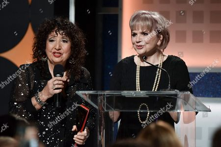 Maria Muldaur, Linda Ronstadt. Maria Muldaur, left, and Linda Ronstadt onstage at the 19th Annual Movies For Grownups Awards at the Beverly Wilshire Hotel, in Beverly Hills, Calif