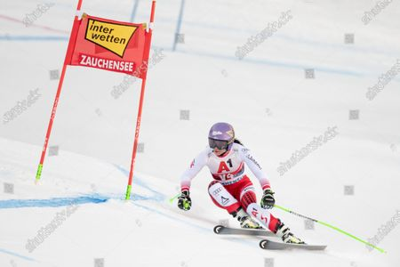 Forerunner Anna Veith of Austria in action during the Super G portion of the Women's Alpine Combined competition at the FIS Alpine Skiing World Cup in Altenmarkt - Zauchensee, Austria, 12 January 2020.