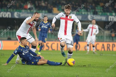 Hellas Verona's Mattia Zaccagni (L) and Genoa's Lasse Schone (R) in action during the Italian Serie A soccer match Hellas Verona FC vs Genoa FC at Marcantonio Bentegodi stadium in Verona, Italy, 12 January 2020.